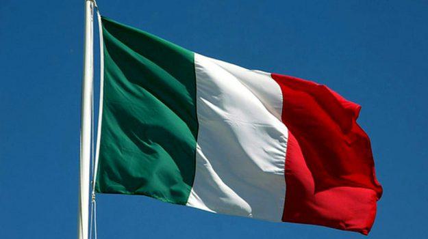 bandiera italiana, festa della bandiera, tricolore italiano, giorgia meloni, Roberto Fico, Sergio Mattarella, Sicilia, Politica