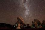 Le antenne del radiotelescopio Alma, nel deserto cileno di Atacama (fonte ALMA (ESO/NAOJ/NRAO)/L. Decin et al.)