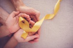Il fiocco giallo, simbolo dei sarcomi, tumore raro