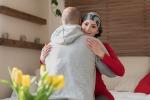"""Emerge dall'indagine Doxa """"Il ruolo del caregiver maschile durante il periodo di cura oncologica femminile"""