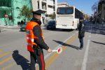 Auto e moto sulle corsie dei bus, a Messina ritirate 30 patenti: le immagini