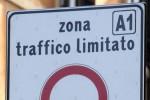«Ztl illogiche e calate dall'alto», scontro sulle ultime modifiche della circolazione a Reggio