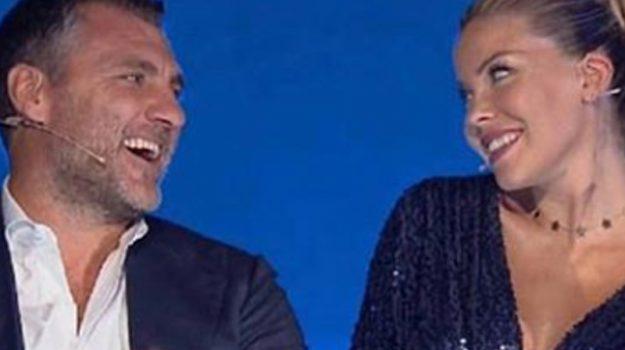 Caracciolo e Vieri sposi, affisse le pubblicazioni: quest'estate le nozze in Sicilia