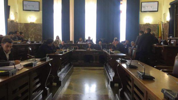 bilancio previsione comune messina, comune messina, Cateno De Luca, Messina, Sicilia, Politica