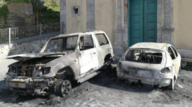 alì terme, incendio auto Alì, incendio auto assessore, Francesco Ferrante, Orazio Smeralda, Messina, Sicilia, Cronaca