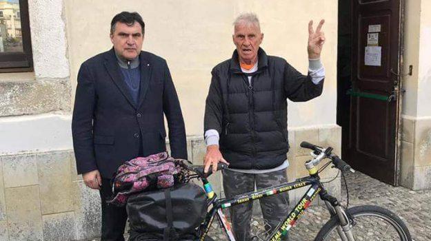 ciclista River, comune di paola, Francesco Città, Janus River, Roberto Perrotta, Tonino Cassano, Cosenza, Calabria, Società