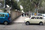 Messina, blitz dei vigili al mercato: sequestrate bancarelle abusive - Foto