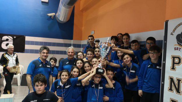 Meeting di Avezzano, primo posto per la Nuoto Lamezia