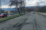 Cosenza, le forti piogge distruggono l'asfalto di viale Magna Grecia