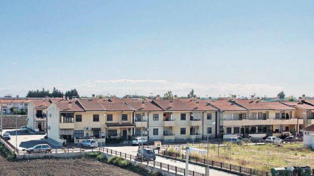 case popolari, Calabria, Economia