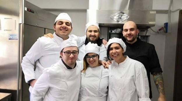 aspiranti pasticcieri, sindrome di down, solidarietà, start up, Volando oltre, Cosenza, Calabria, Società