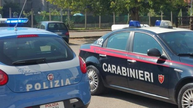 abitazione, arresti, furti, rapine, Davide barbuscia, Santo Foti, Messina, Sicilia, Cronaca