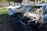 Auto a fuoco nel centro storico di Paola, quasi certa la matrice dolosa