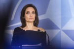 Gene Jolie: Inps, invalidità per mastectomia preventiva
