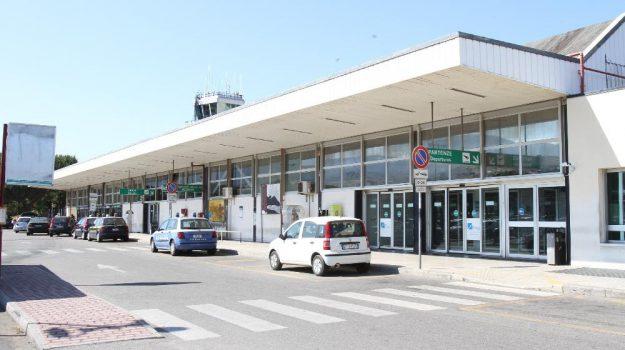 aeroporto reggio, ryanair, Reggio, Calabria, Economia
