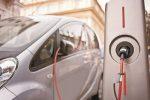 Dodici postazioni per ricaricare le auto elettriche a Cosenza