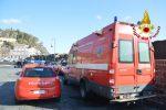 L'auto inghiottita dal mare ad Acireale, le immagini delle ricerche dei dispersi - Video