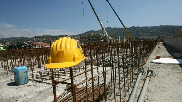 cantieri, cantieri calabria, cisl, Calabria, Economia