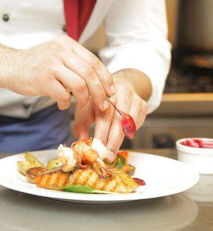 Bianco si dedica alla ristorazione, apre una scuola per giovani chef