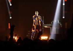 Il cantante, musicista e produttore si è esibito per due ore davanti a 9500 persone