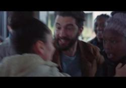 Dal centro di Parigi alla banlieue. «Il Professore cambia scuola» Il trailer del film - Corriere Tv