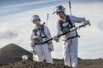 Astronauti e geologi sperimentano nuovi strumenti nel paesaggio lunare di Lanzarote (fonte: ESA-A.Romeo)