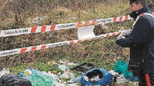 carabinieri, casali del manco, discarica abusiva, rifiuti tossici, Cosenza, Calabria, Cronaca