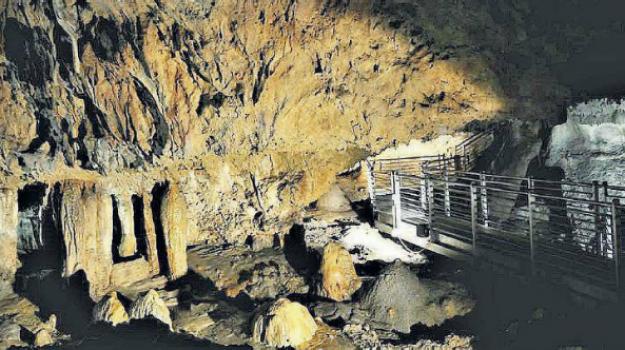 cassano, grotte di sant'agelo, riapertura, Cosenza, Calabria, Economia