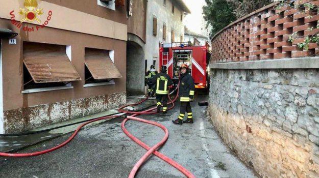 bimbo morto pordenone, incendio pordenone, Sicilia, Cronaca