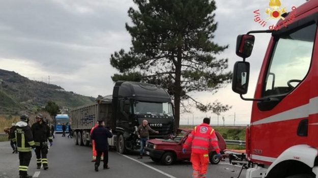 incidente amantea, incidente mortale amantea, Mario Naccarato, Cosenza, Calabria, Cronaca