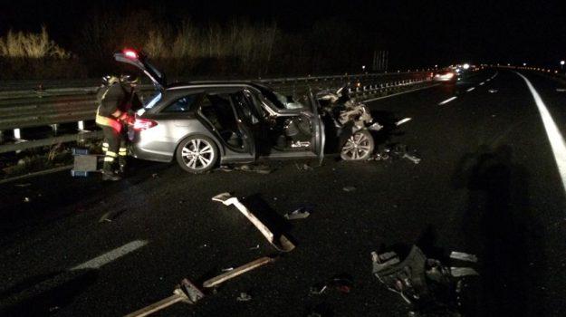 incidente sulla A2, scontro fra serre e mileto, ubriaco alla guida, Catanzaro, Reggio, Calabria, Cronaca