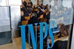 Reddito di emergenza, 100 mila domande all'Inps: requisiti e modalità di richiesta