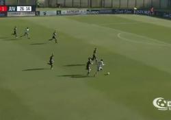 La rete di Stephy Mavididi, della Juventus under 23, contro il Siena