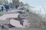 Lungomare di Bovalino distrutto dalle mareggiate, rovinata la stagione turistica