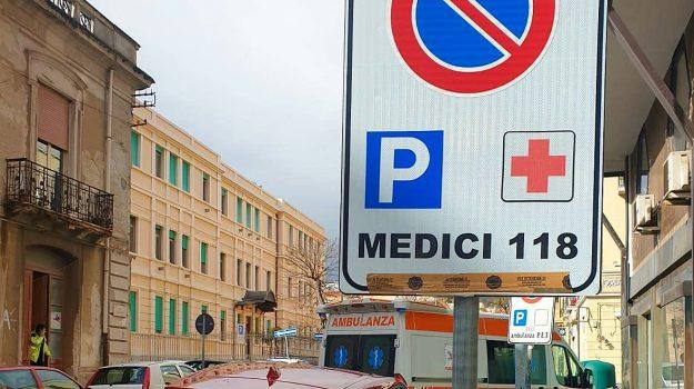 medico 118, stalli riservati multa, vigili messina, Messina, Sicilia, Cronaca