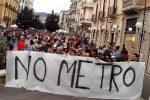 Una protesta contro la metro a Cosenza