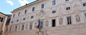 Sentenze pilotate al Consiglio di Stato, ai domiciliari ex presidente Cga siciliano e il deputato Ars Gennuso