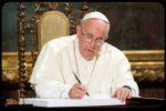"""L'appello del Papa: """"Riscoprire il valore del presepe. Farlo in case, scuole e piazze"""""""