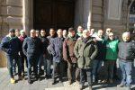 Vigilanza privata, i lavoratori protestano davanti alla Prefettura di Catanzaro