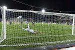 Il Crotone ci crede ancora: secco 3-0 al Palermo