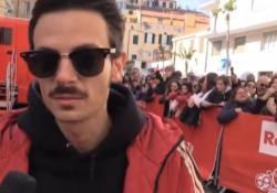 di Nino Luca, inviato a SanremoIl personaggio parla del saluto al padre scomparso nel 2010, il giorno dopo l'esibizione sul palco dell'Ariston