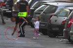 Crack spacciato davanti ai bambini, blitz a Palermo: coinvolti anche minorenni - Foto