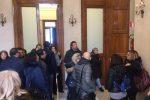 Messina, salta la discussione sul bilancio: tensione tra i precari che attendono la stabilizzazione