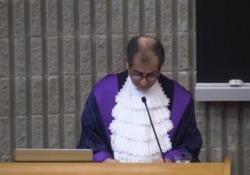 Il ministro all'inaugurazione dell'anno accademico a Tor Vergata: «Regole europee vecchie»