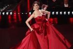 Virginia, abito rosso mozzafiato: Fiorella Mannoia incanta. Ecco la seconda serata di Sanremo