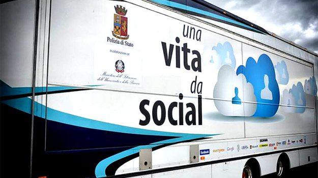campagna una vita da social, catanzaro, polizia, Catanzaro, Calabria, Cronaca