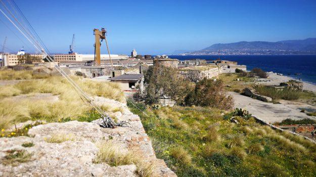 zona falcata, Dafne Musolino, Messina, Sicilia, Politica