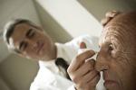 Problemi agli occhi per 43 italiani su 100, spesso giovani