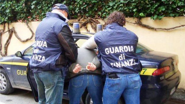 arresti corigliano, estorsione, turbativa d'asta, Cosenza, Calabria, Cronaca