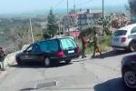Cadavere ritrovato a Simeri Crichi, il video dei rilievi del medico legale